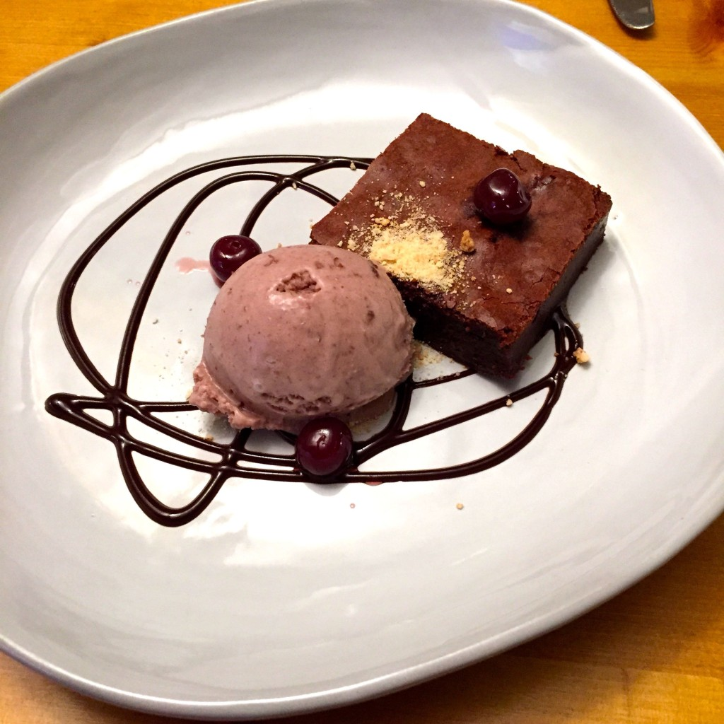 Rose & Crown brownie and cherry ice cream