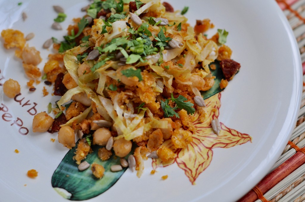 Migas with chickpeas and cabbage