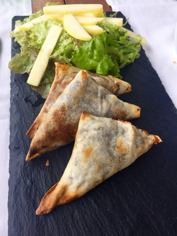 Black pudding and apple samosas at Tavi