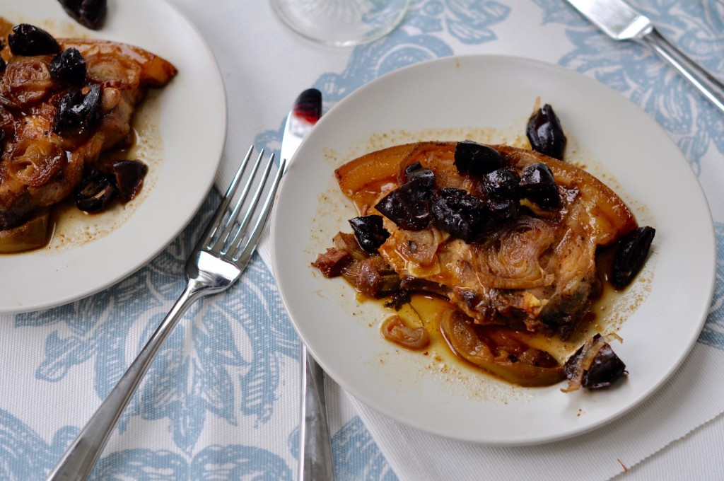 Slow cooked pork chops with apples and dates